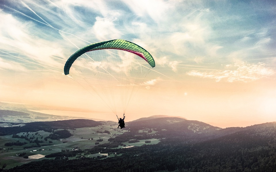 paragliding extreme
